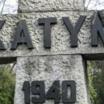 Katyn_pomnik