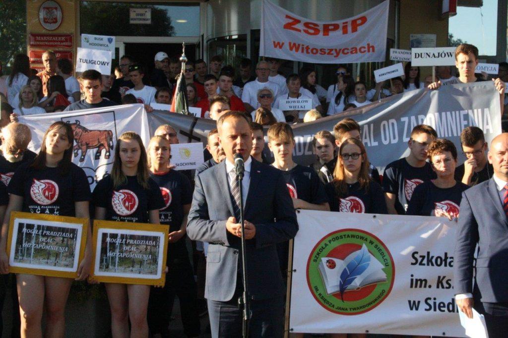 Pożegnanie wolontariuszy akcji Mogiłę Pradziada Ocal od Zapomnienia
