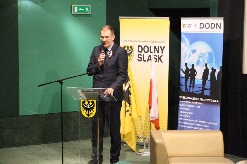 """Konferencja """"Dla Niepodległej"""" z udziałem Dolnośląskiego Kuratora Oświaty"""