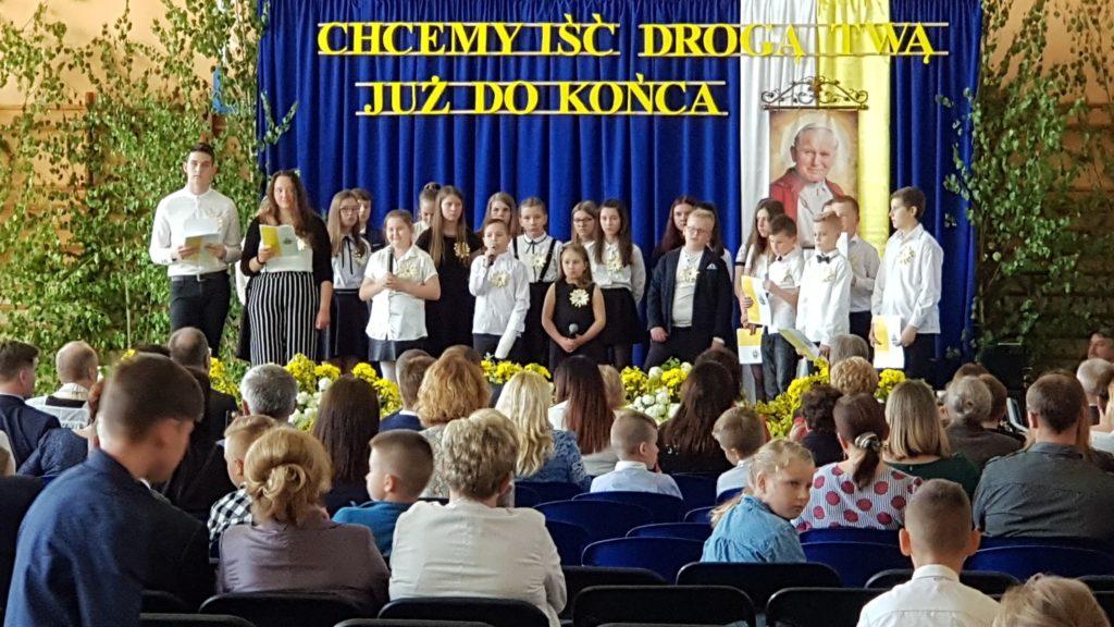 Nadanie imienia Szkole Podstawowej w Przewornie